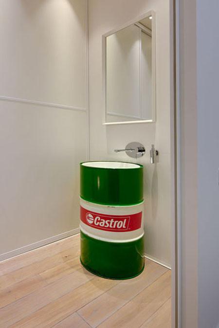 手间的洗手台,做成汽油桶
